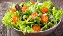 سلطة الخس والبندورة: من مطبخ حياتكِ إلى مطبخكِ!