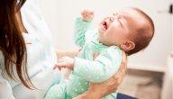 هل يبكي الطفل دون سبب؟