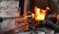 كيف يتم صناعة الزجاج