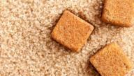 الفرق بين السكر البني والأبيض