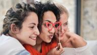10 أفكار جديدة لجلسة تصوير مع صديقاتكِ