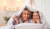 علاقتك بابنتك، وكيف تكونين صديقة لها؟
