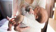 مشكلة تعود طفلك على الحمل، كيف تحلينها؟
