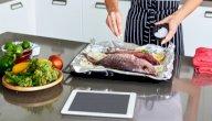 فوائد أكل السمك للنساء، وهل يزيد من فرص الحمل حقًا؟