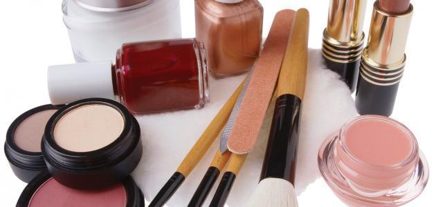 صناعة مواد التجميل