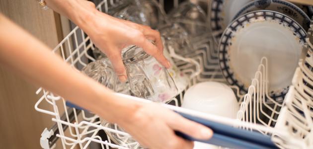 كيفية وضع الملح في غسالة الصحون