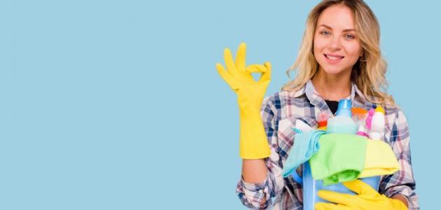 ما هي طريقة تنظيف ورق الجدران