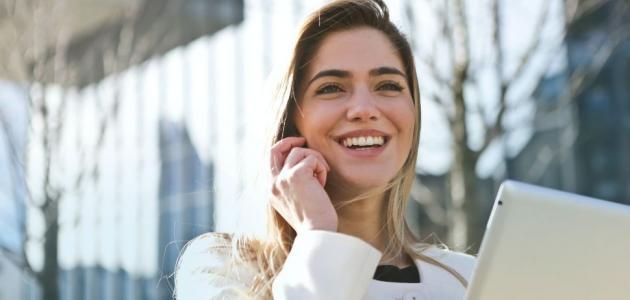 كيف تتعلمين التواصل بمهارة وفعالية؟