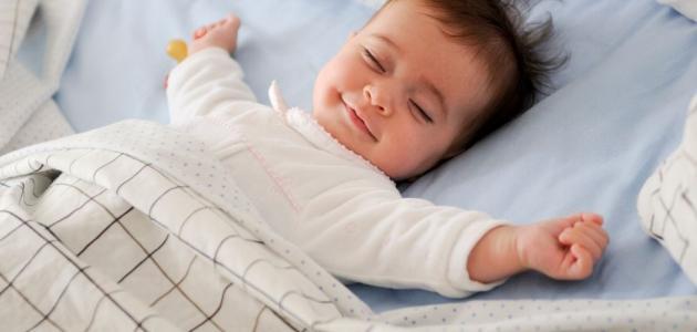 طرق بسيطة لتعويد الأطفال على النوم بمفردهم