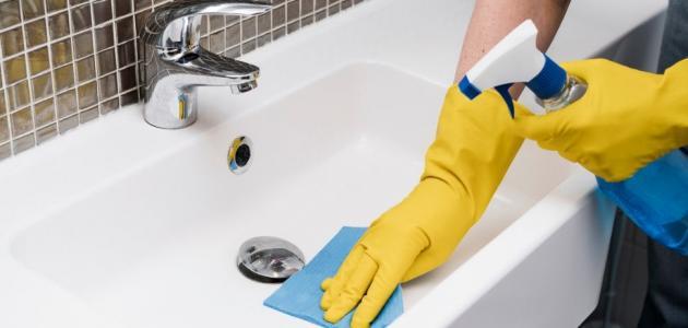 طرق تنظيف الحمام من الكلس