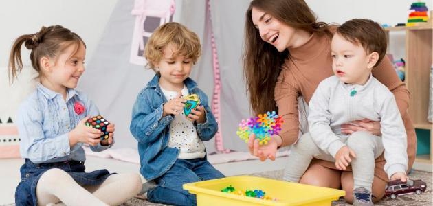 ألعاب منتسوري للأطفال