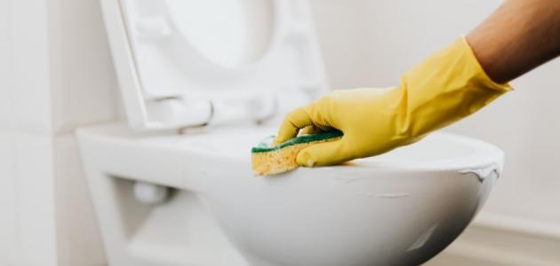 تنظيف الحمام بملح الليمون