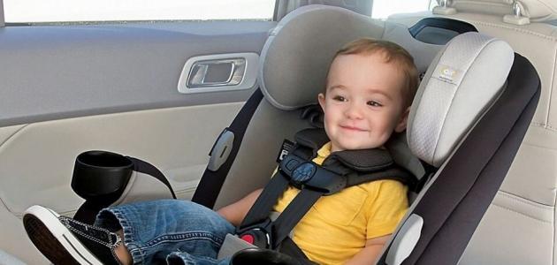 تعرفي على أهمية مقاعد الأطفال في السيارة