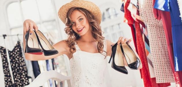 أفكار لك لترتيب أحذيتك الصيفية