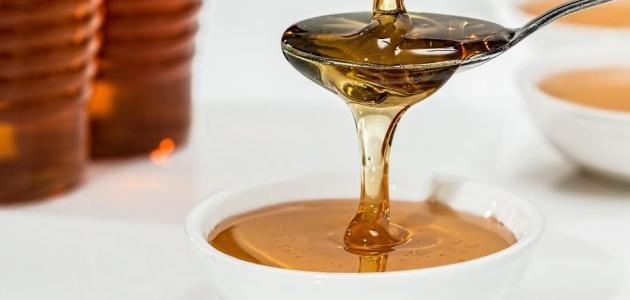 إليك وصفة الزبادي والعسل والموز للشعر