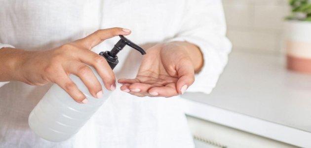 هل يمكنك استخدام الخل لصنع مطهر للأيدي؟
