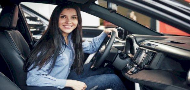 أخطاء شائعة تجنّبيها عند استئجار سيارة