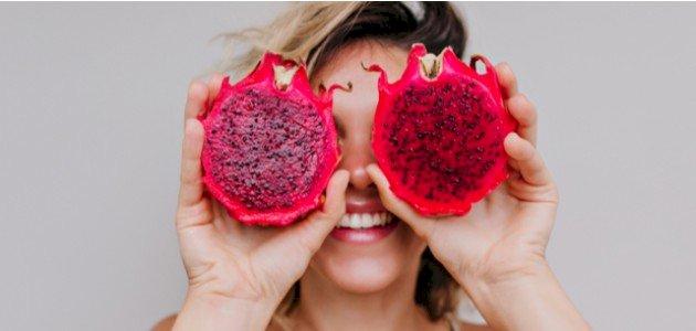 هل لفاكهة التنين فوائد للشعر؟