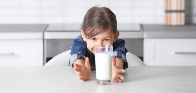 مشتقات الحليب للأطفال: ما فوائدها ومتى تقدمينها لطفلكِ؟