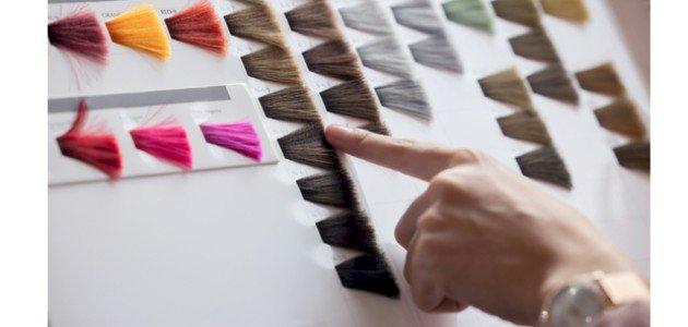 كيف تعرفين لون صبغة الشعر المناسب لكِ؟ إليكِ هذه النصائح!