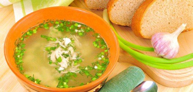 لشوربة مميزة إليكِ طريقة شوربة البصل الأخضر!