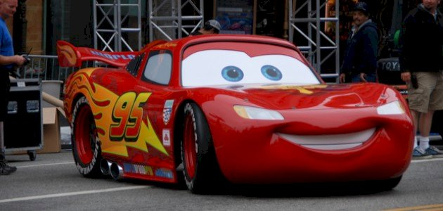 استمتعي مع أطفالك وتابعي قصة فيلم Cars!