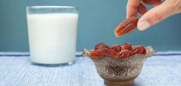 برنامج التمر والحليب: هل هو رجيم صحي؟ وكيف تتبعينه؟