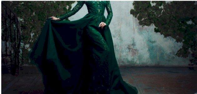 ماذا تعني رؤية الفستان الأخضر في المنام للعزباء؟