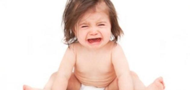 اسباب الامساك عند حديثي الولادة وعلاجه
