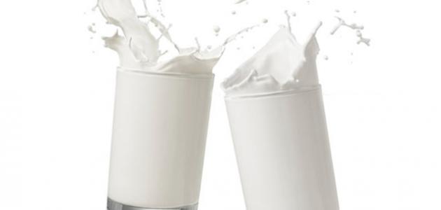 الفرق بين الحليب الكامل الدسم والقليل الدسم