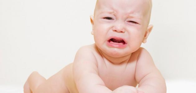 أسباب بكاء الأطفال حديثي الولادة