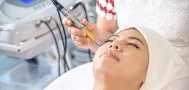 علاج الهالات السوداء حول العين بالليزر