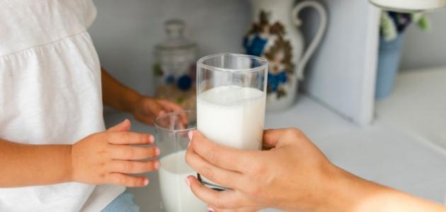 فوائد الحليب الساخن
