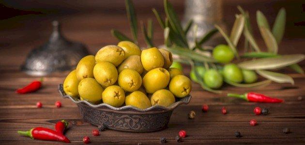 ما هي فوائد الزيتون الأخضر المخلل؟