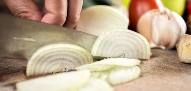 طريقة تقطيع البصل